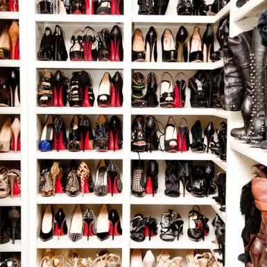 Khloe Kardashian' s shoe closet