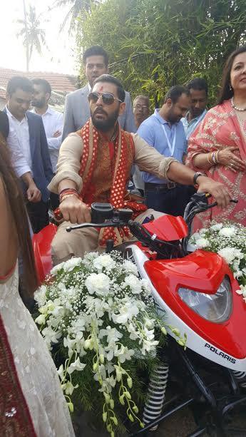 hazel-keech-yuvraji-singh-goa-wedding-2