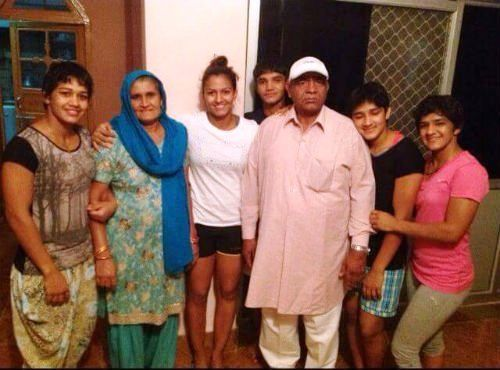 Dangal Movie Aamir Khan plays Mahavir singh Phogat