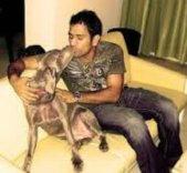 mahendra Singh Dhoni with his dog sam