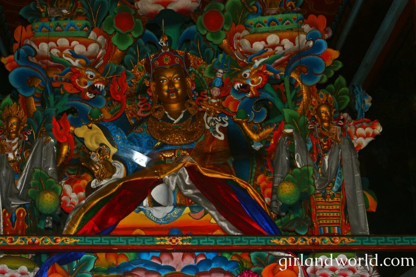 Bhutan Phuentsholing things to do sight seeing hotel food bakery border city of bhutan how to go monastery buddha zangto kharbandi monastery guru rinpoche