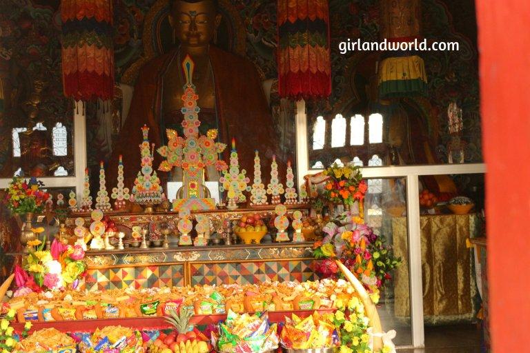 Bhutan Phuentsholing things to do sight seeing hotel food bakery border city of bhutan how to go monastery buddha zangto peril