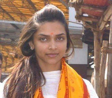 deepikas-temple-visit-deepika-padukone-without-make-up