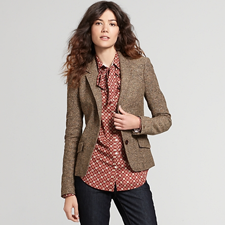 wardrobe for working woman clothes fashion ootd tips how to dress up at office work wear office wear woman