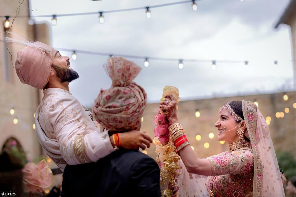 wedding card virat kohli anushka sharma wedding marraige milan italy love story cricketer bollywood heroine love story virushka marriage resort hotel wedding venue dress