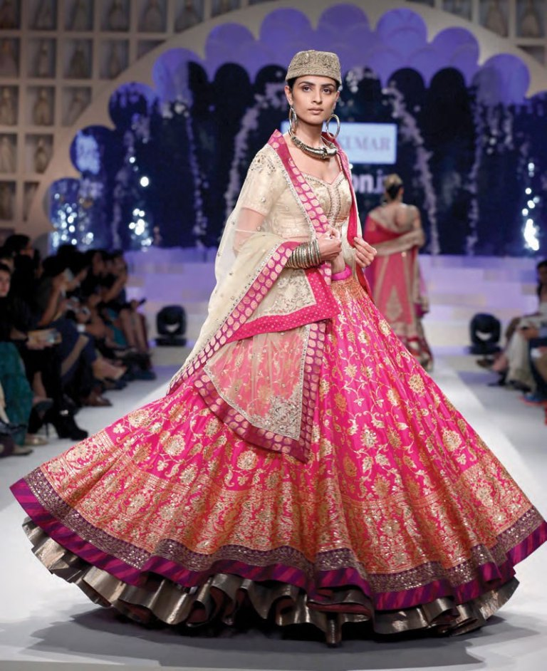 5 Bridal Lehenga Inspirations for 2018 from the house of Indian ...