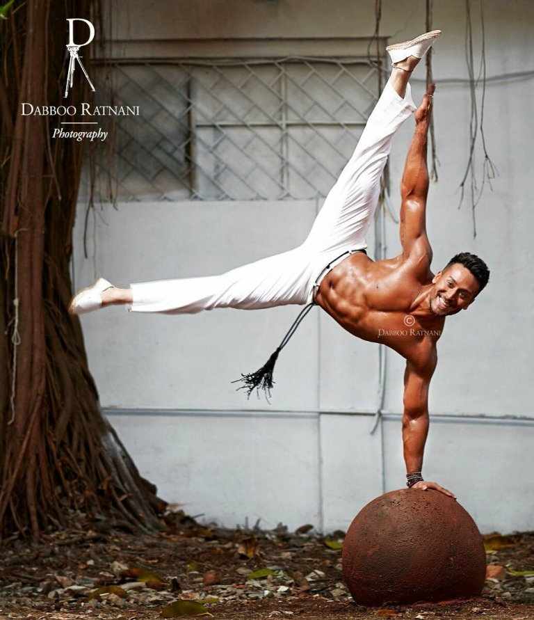 Tiger Shroff hot HD picture