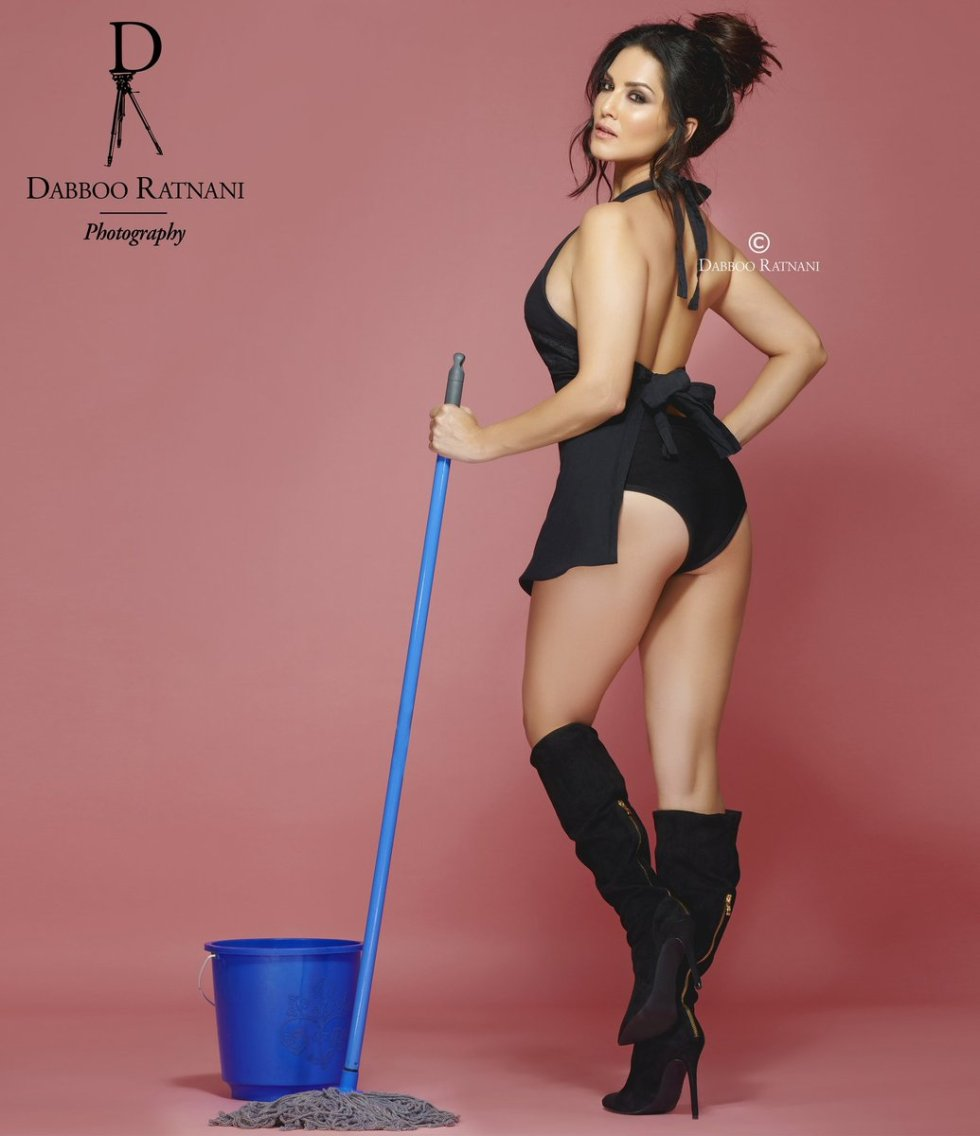 Sunny leone hot sexy picture hd Dabboo ratnani calendar 2018 star studded Bollywood celebrities, Bollywood star, Deepika Padukone, Amitabh Bachchan, Alia Bhatt Siddhart Malhotra High HD pictures hot pictures of bollywood heroine , photoshoot