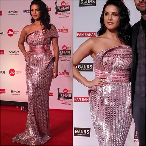Bollywood awards winner Jio Filmfare Awards 2018 Bollywood night star hero heroine stylish dresses gowns looks beautiful gowns of bollywood heroine