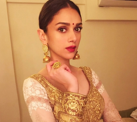 arranged marriage look, beauty tips, make up tutorial, date look guide minimal make up rishta meeting, bride wedding