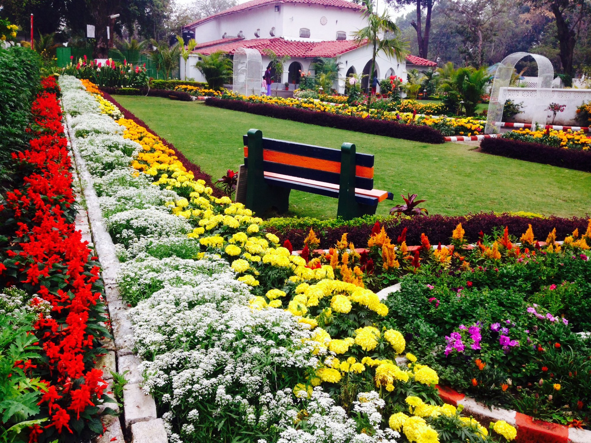 Army cantonment, life in army cant, military hospital awwa complex army facilities dsoi dhaulakuan army clubs army parks awwa works amenities at an Army Cantonment army officer house married accommodations army officers Indian army army wife