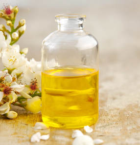 essential oil hair oil best oil hair type hair problem hair growth hair  nourishment best hair oil natural oil hair treatment dandruff frizzy hair sensitive hair dry damaged hair which oil to use  how to split ends avocado oil coconut oil benefits olive oil use almond oil abyssinian oil jojoba oil benefit  apply india
