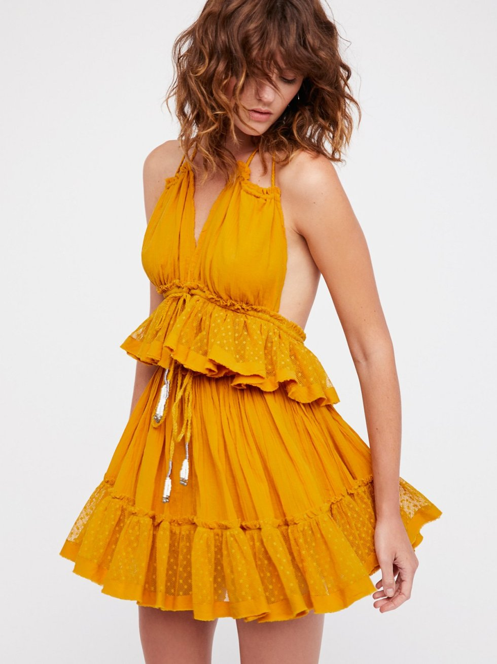fashion, halter top halter neckline date night what to wear style guide