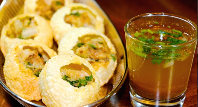 golgappe phucha pani puri street food, chowmein recipe famous food India local desi most common food favorite food Indian cuisines culinary cutlery housefull khana dhamaka