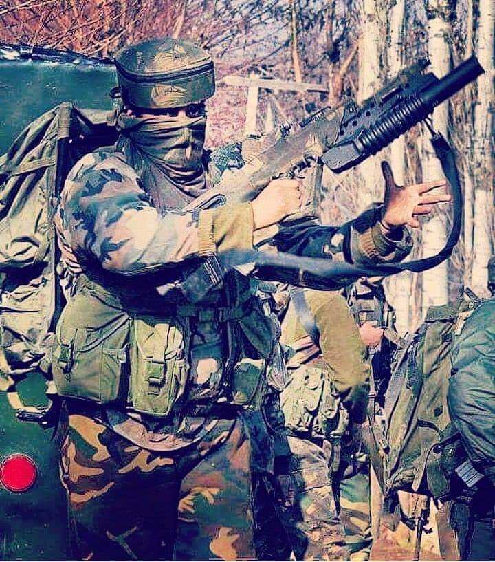 soldiers paid Indian Army officer soldier jawan wife life stone pelting kashmir humnitarian rights
