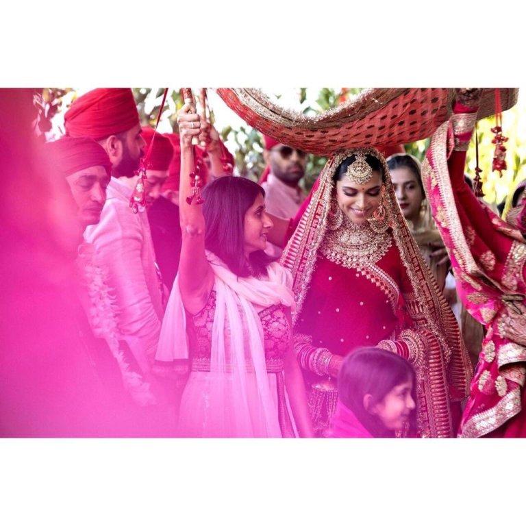 ranveer singh deepika padukone wedding mehendi pictures hd quality good quality images bollywood wedding expensive wedding couple relationship bride groom wedding season