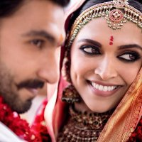 These gorgeous pictures of DeepVeer wedding and Mehendi would melt your heart
