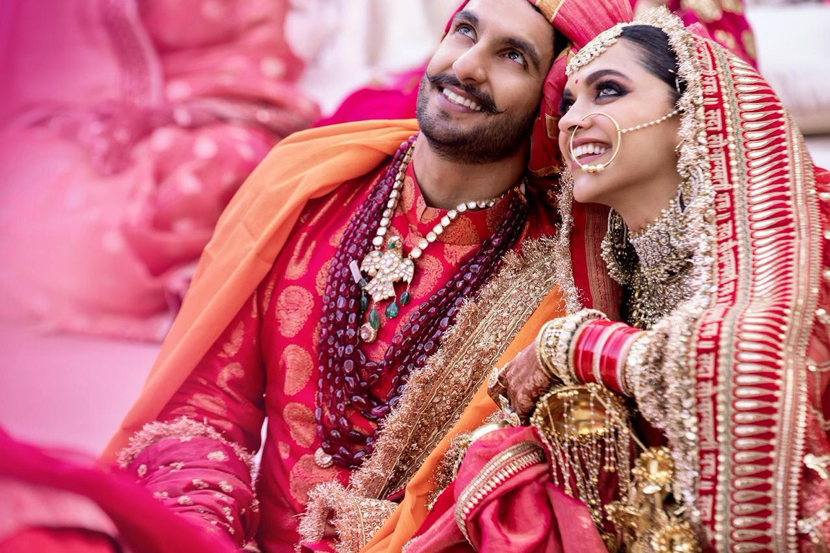 ranveer singh deepika padukone wedding mehendi pictures hd quality good quality images bollywood wedding expensive wedding couple relationship bride groom wedding season