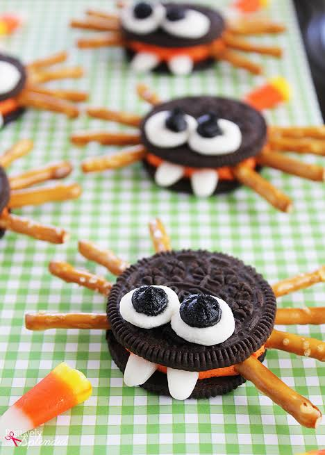 treat Halloween party menu ideas, how to make dishes cuisine food item kids adults children dress frightening good for party fun festival gothic decor