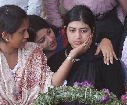 lt Colonel Niranjan Lt Colo E. K. Niranjan Pathankot Airbase attack 2016 martyr shaheed family daughter wife family life friends information