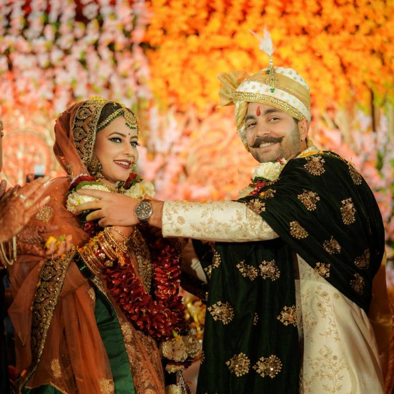 engagement ceremony reception sameeksha rohilla wedding, shaadi, pictures, haldi mehndi, army wedding, army girlfriend, army wife,army relationship, marriage, happily ever after, india, army officer soldier girl woman army brat army life military spouse military life airforce navy OTA NDA IMA Ball