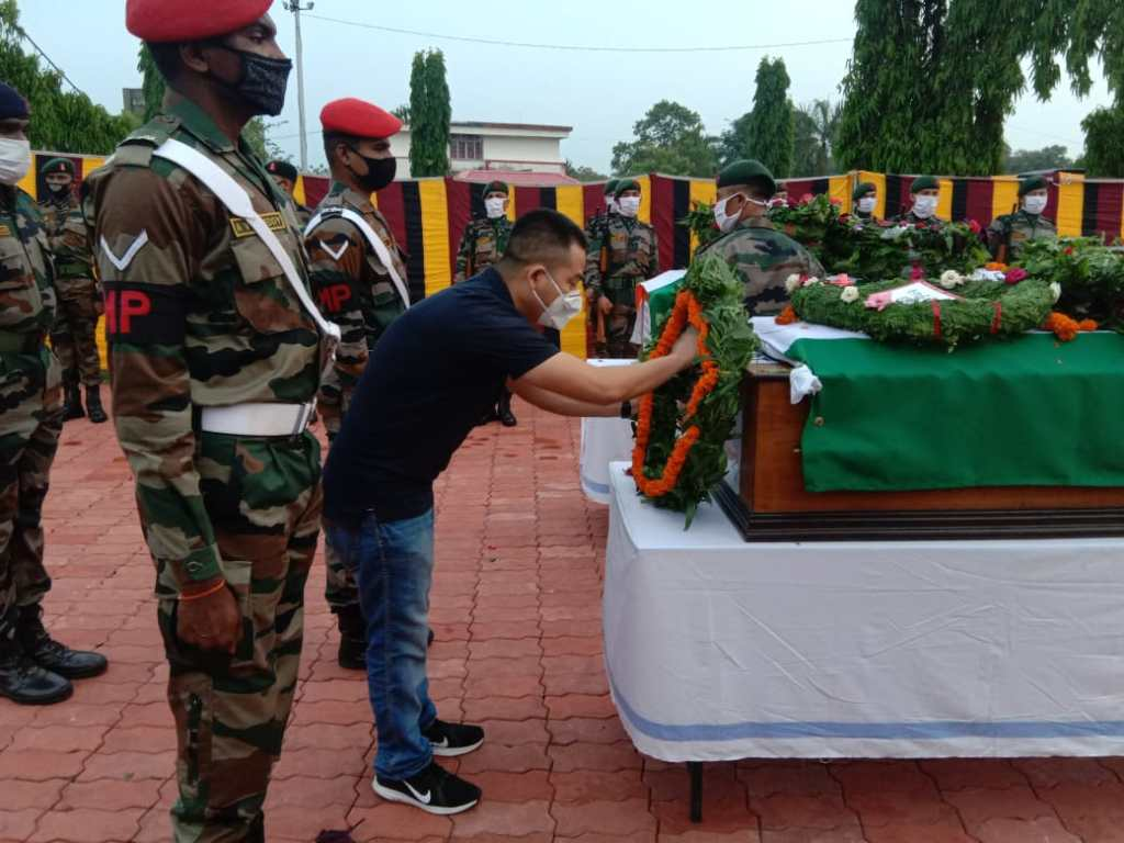Lt colonel Robert TA, North Sikkim Avalanche rescue snow clearining indian army officer sapper  wreath laying pictures cadet training wing MCEME martyred sacrificed family manipur maram naga community soldier