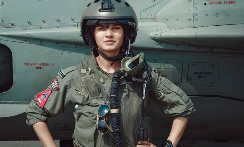 avni chaturvedi India airforce female fighter pilots woman officers feminism woman empowerment entry AFCAT Shivangi Singh