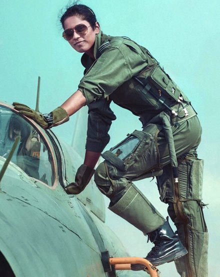 India airforce female fighter pilots woman officers feminism woman empowerment entry AFCAT Shivangi Singh bhavna kanth