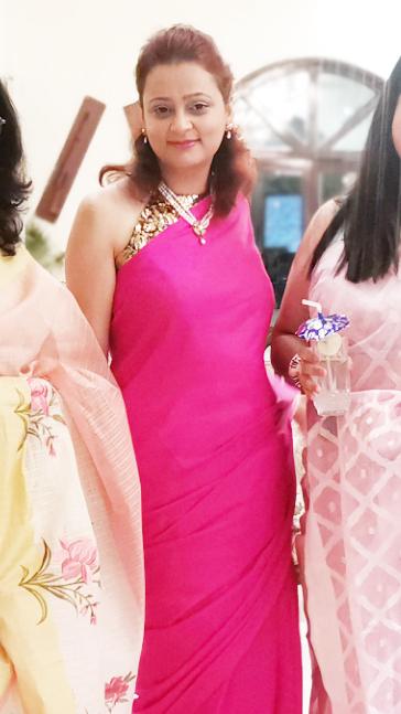 Swapnil Pandey, saree Indian woman beautiful gorgeous pretty pink saree pictures indian girl